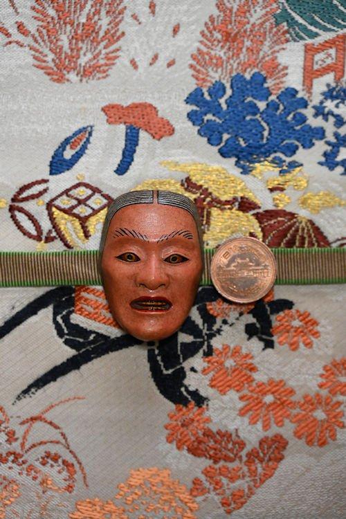十円硬貨と比較